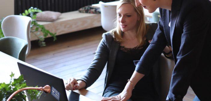 Warum Digitalisierung Frauen in die Hände spielt